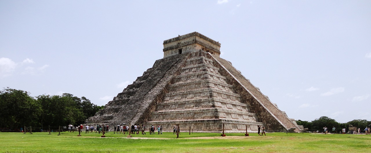 cancun-piramide